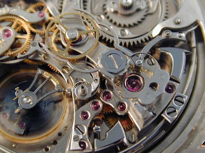 Часы воссозданы по чертежам настоящих Швейцарских механических часов 18. 4. Технические данные